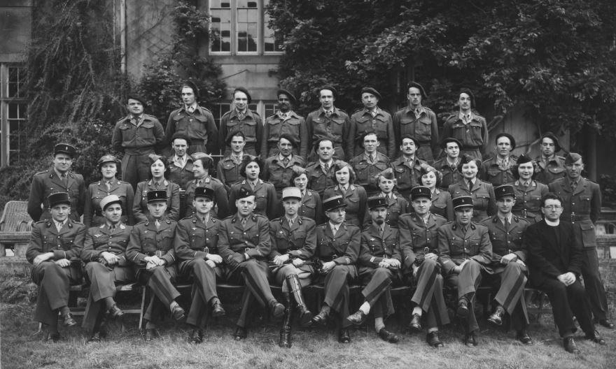 Les Cadres de l'Ecole des Cadets de la France libre en 1943